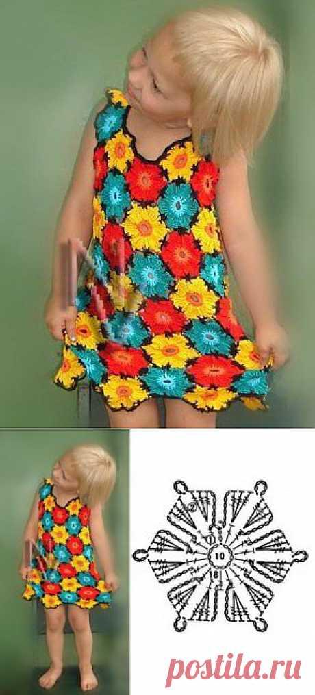 Сарафан из остатков цветной пряжи | Вязание спицами и крючком, модели и схемы для детей.