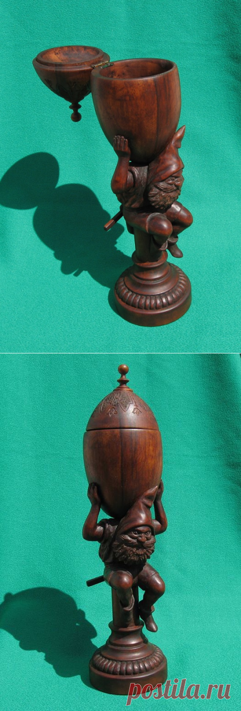 Кубок, орех, груша, 28 см.   Автор: Vladimir Tseplyaev