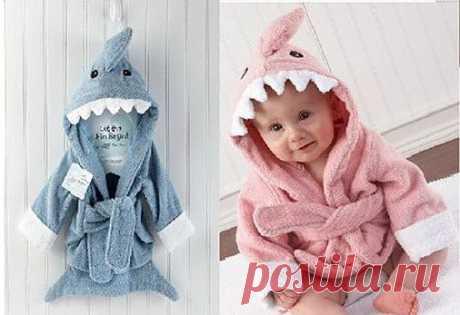 Халатик для младенцев. В НАЛИЧИИ!!! розовый и синий акула 550руб.