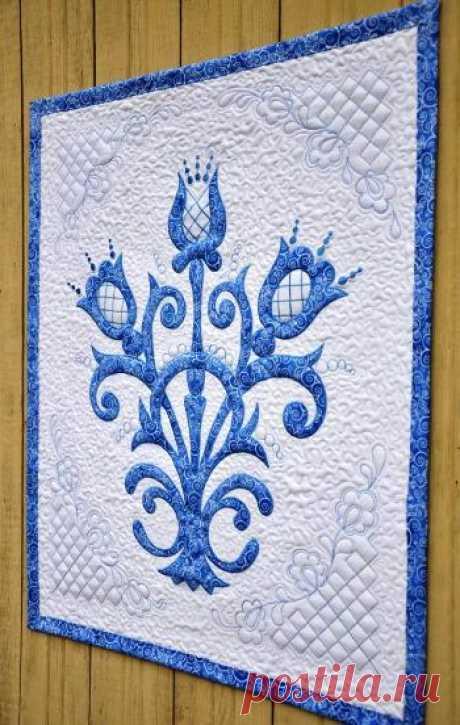 """El bordado de máquina y pechvork — creamos el panel textil en el estilo \""""gzhel\"""" (MK) Según el autor. \u000d\u000aEn la clase maestra dada quiero repartir con usted la idea de la creación del panel textil, que será no sólo adornamiento de su interior, subrayará el estilo ruso de la casa de campo, pero …"""