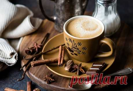 Доброе утро. Кофе со специями и шоколад... Что может быть лучше...