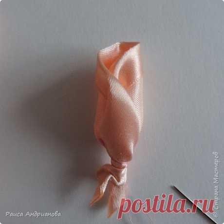 Бутоны роз: вышивка атласными лентами — DIYIdeas