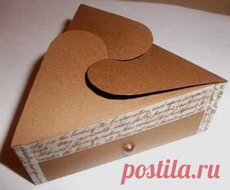 Коробочка треугольная, коричневая. Размер:. Купить в Интернет магазине svetlichok.tatet.ru.