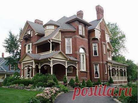 Чарльз Х. Bigelow House в Финдли, штат Огайо был построен между 1888 по 1889 годами