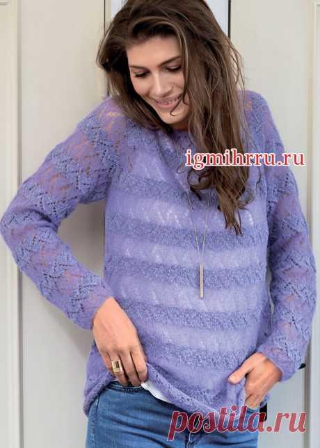 Узорчатый пуловер-пончо цвета ржавчины.