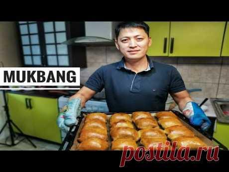 Mukbang/ Самса с тыквой.Мягкое тесто.Едим с котлетами и раменом