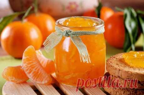 Ароматное варенье из мандаринов! Готовлю каждый год! Утром с тостом — объедение!Варенье из мандаринов Ингредиенты: 1 кг мандаринов 1 крупный апельсин 1 кг сахара 1 ст. воды 2 ч. ложки молотого имбиря 1 пакетик ванилина. Приготовление: Мандарины и апельс…