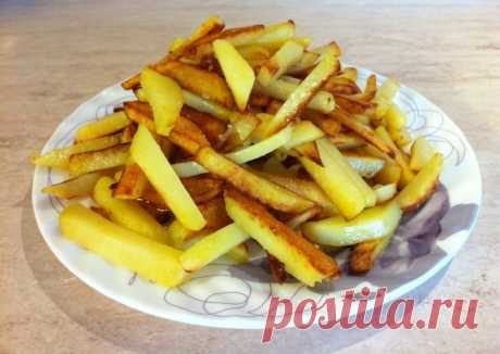 10 советов «Как вкусно пожарить картофель» Если вы хотите пожарить самый вкусный картофель в мире, то наши советы вам точно пригодятся.Благодаря им картофель получится очень хрустящий и невероятно вкусный. Совет №1. Для приготовления картофел…