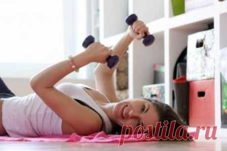 10 упражнений для рук дома — создаем фигуру вместе