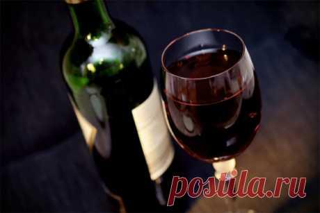 Почему нужно покупать недорогое вино ЛУЧШЕЕ ЗА НЕДЕЛЮ             Вопреки распространенному мнению, стоимостьвина не всегда отражает его качество.Второе или третье по цене с конца ресторанного меню вино будет ничуть не лучше самых деш…