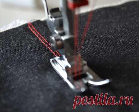 Как шить трикотаж на обычной швейной машине (Шитье и крой) - Стильные новости Трикотажные вещи смотрятся красиво, удобны в носке, и магазины сегодня предлагают огромный выбор тканей. Начинающие мастерицы боятся шить вещи из этого материала, сомневаются, что без специального оборудования и подготовки выполнить такую работу сложно. Зная тонкости процесса, вы сможете изготовить любое изделие на обычной машине для шитьяКакой должна быть лапка для трикотажаЕсли шить платье из трикотажного […]