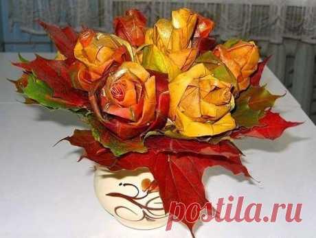 👌 Розы из кленовых листьев, увлечения и хобби В моё самое любимое время года — осень — одной из популярных поделок являются розы из кленовых листьев и различные композиции на их основе.  В моём городе уже со многих деревьев...