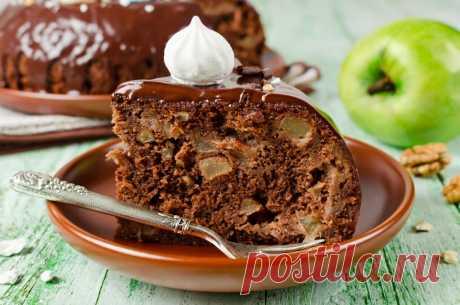Шоколадный пирог простой рецепт с какао Рецепт шоколадного пирога с яблоками, в котором вкусное сочетание дуэта яблок и какао, а готовится в 2 счёта.
