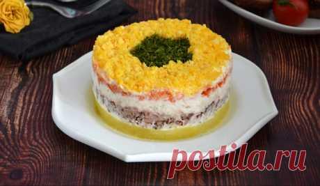 Салат Мимоза ссайрой: вкус издетства Пошаговые рецепты приготовления салата Мимоза с сайрой в домашних условиях. А так же секреты вкусного блюда