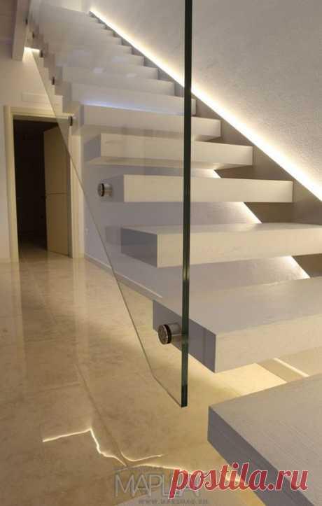Изготовление лестниц, ограждений, перил Маршаг – Перила из стекла лестницы консольной