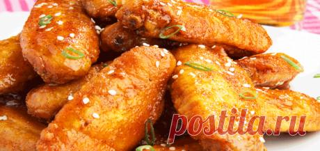 Готовьте куриные крылья в духовке с гарнирами, в рукаве для запекания, в...