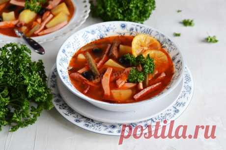 Солянка классическая с картошкой и колбасой рецепт с фото пошагово и видео - 1000.menu