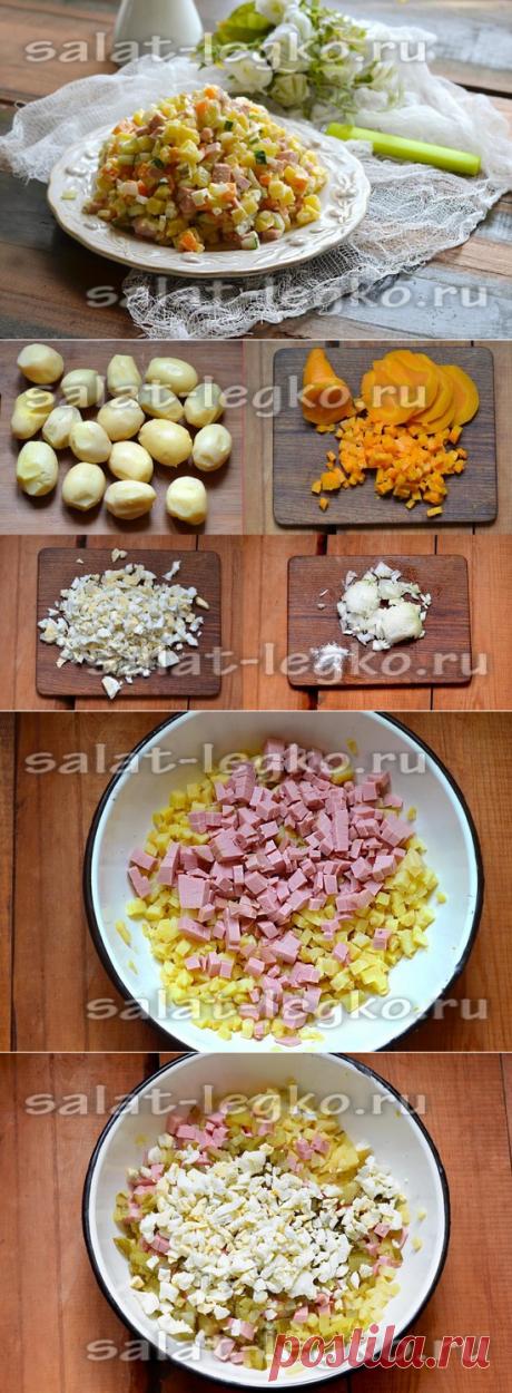 La ensalada con la salchicha cocida: la receta con las patatas y los pepinos
