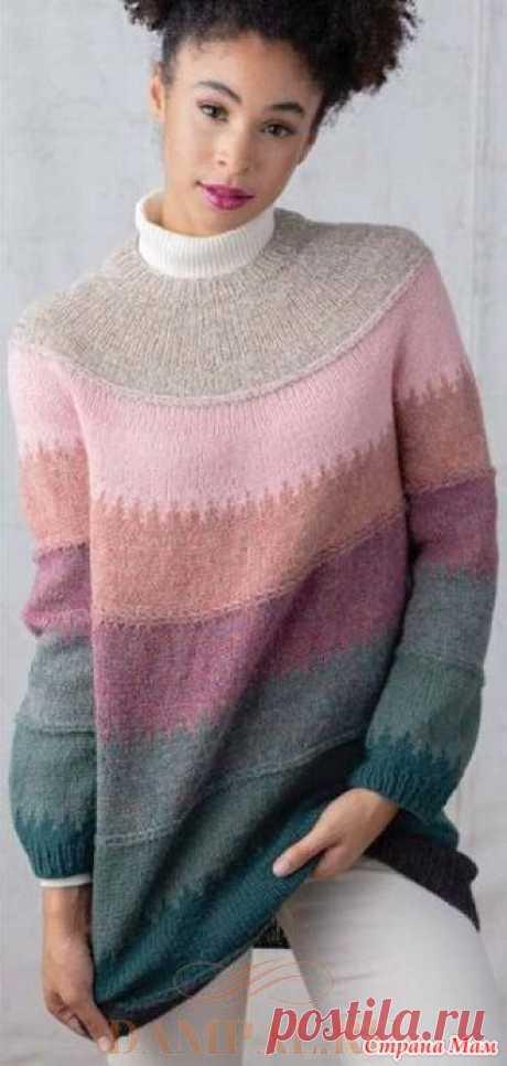 Джемпер «Rossore» Нежный женский пуловер с круглой кокеткой связан из набора пряжи восьми различных оттенков розового, зеленого и телесного.  Размеры: