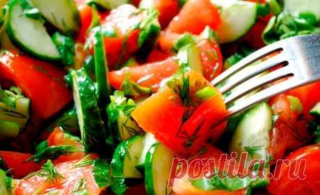 Больше никогда не смешиваю в салате огурцы и помидоры. И на это есть веские причины...