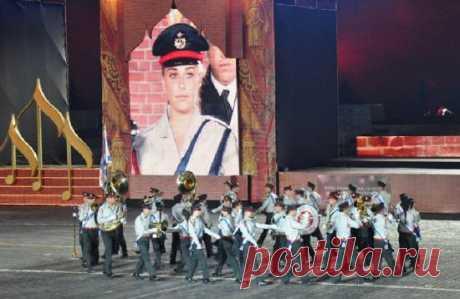 Музыка Оркестр Израильской оборонной армии в Москве на Красной площади возле Кремля играет Хава Нагилу !!!!! Видео - 26 Декабря 2015 - NewRezume.org