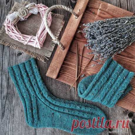 Базовые носочки от https://www.instagram.com/mari.rommanova/