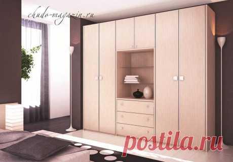 Шкаф в спальню с распашными дверями белый; фото, заказ, цена