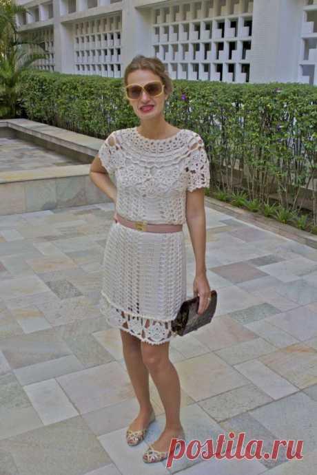 Vestido em Crochê Mithos de Vanessa Montoro