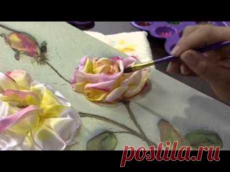 Confira o passo a passo: https:\/\/www.rs21.com.br\/entretenimento\/mulher-com\/artesanatos\/07082013-rosas-da-hebe-em-um-quadro-tecnica-pintura-bordada-valeria-so...