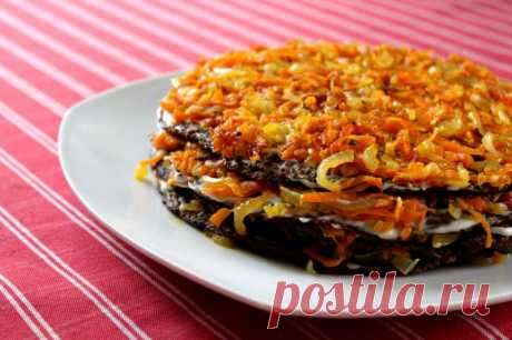 Печеночный торт с морковью и луком — Sloosh – кулинарные рецепты