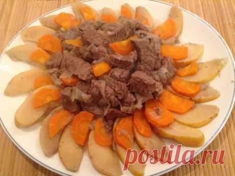 Лосятина с айвой | Foodbook.su Лосятина- это сочное, очень ароматное мясо, которое напоминает говядину. готовится очень просто, единственное, на что тратится терпение, так это на время. но, зато это того стоит.