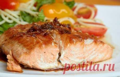 Стейки из рыбы с помидорами — Sloosh – кулинарные рецепты