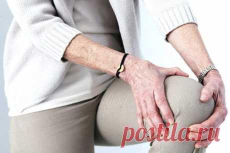 Если у вас болят колени Если болят колени… Лечение народными средствами.       ✔Если болят колени, нужно взять лист хрена, окунуть в кипяток, приложить на 2-3 часа к коленям. Листья хрена хорошо вытягивают соли и боль проход…