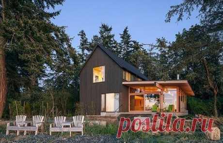 Un nuevo aspecto de la casa de campo vieja: la casa con la terraza cerca del río