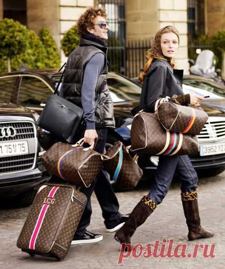 Кто не согласится с тем, что сумка одна из самых важных деталей нашего гардероба?  Сумки от Louis Vuitton   удобны и вместительны