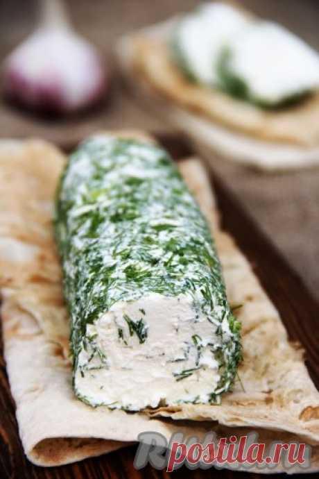 Творожный сыр из сметаны и кефира - рецепт с фото