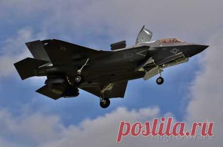Фото F35B - FlightAware
