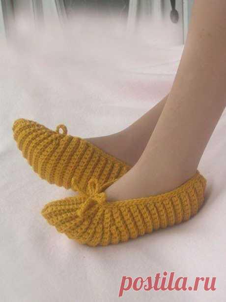 Уютные тапочки-носочки, какая из моделей вам приглянулась?