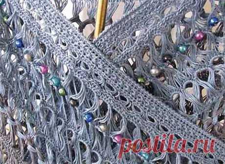 Брумстик (перуанское вязание крючком)  Перуанское вязание имеет еще несколько названий - брумстик, вязание на линейке, вязание вытянутыми петлями. Как бы вы его не назвали - выходит очень красиво и воздушно. Это отличный вариант для шарфо…