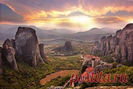 Los monasterios los Meteoros, Grecia. El autor de la foto: Nikolay Paschenko.