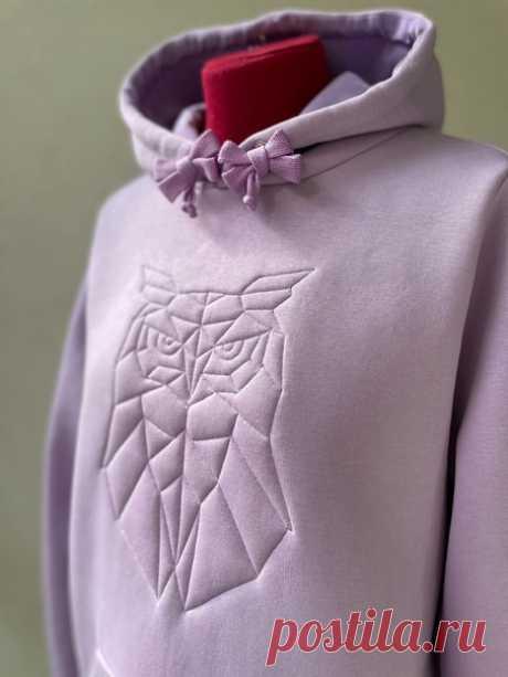 Объемная вышивка одной строчкой на ткани  Использованы фотографии https://vk.com/richbies и https://vk.com/kolykhalova