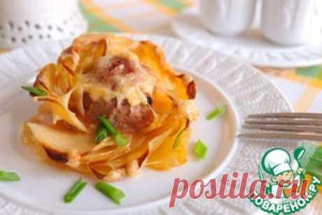 Картофельные розы с мясными шариками - кулинарный рецепт