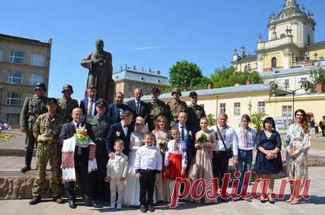 (1) Facebook  Львов, 2019 год, свадьба.