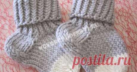 Носочки для малышей спицами с описанием и фото, для начинающих