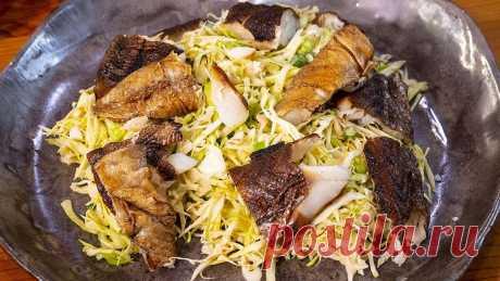 Капуста с минтаем 2 Дорогие друзья, сегодня я приготовлю салат из капусты с минтаем. Салатик с икрой минтая, смотрю вам понравился, но с копченым минтаем и сливочно-чесночной заправкой это блюдо еще вкуснее. Приготовьте по нашему рецепту этот простой салат и порадуйте семью очередным вкусным блюдом. Капуста с минтаем Капуста с минтаем Ингредиенты: Молодая капуста — 1 небольшой кочан Копченый […] Читай дальше на сайте. Жми подробнее ➡