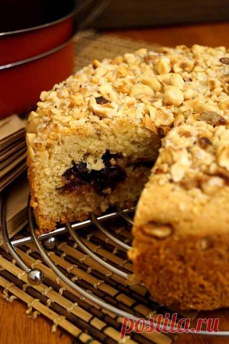 Песочный пирог с вареньем в духовке на скорую руку