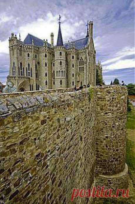 дворцы и дома