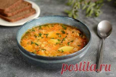 Согревающие зимние супы! Топ-10 рецептов - БУДЕТ ВКУСНО! - медиаплатформа МирТесен Если за окном холодно и пасмурно, согреться поможет сытный супчик на обед. Наваристые, ароматные, они приходят на смену легким летним супам и прекрасно вписываются в ежедневное меню. С мясом или рыбой, а может просто овощной – выбирайте рецепт по вкусу и настроению! Овощной суп-пюре с форелью Это