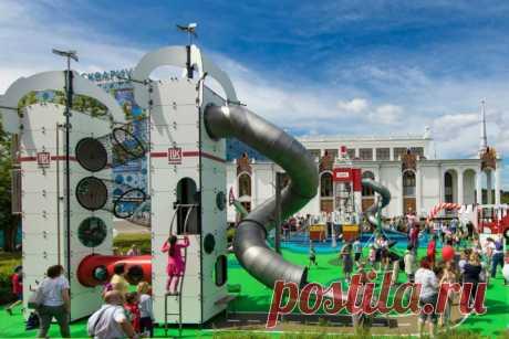 Необычные детские площадки Москвы: стройка, канатка, нефть - Workingmama
