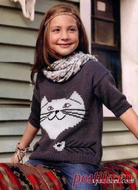 Детский пуловер в технике интарсии.